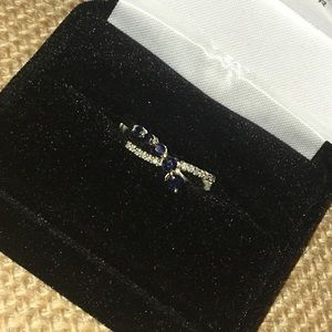 Silver Sapphire infinity style Ring size 4.25